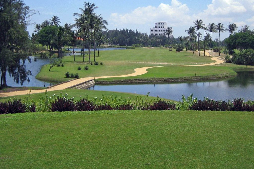 Decision 1946' lays down the law re. VN golf development